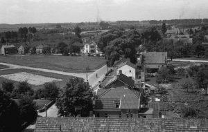 Gemeentehuis oude voetbalveld